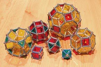 GEOMAG: Le cube et l'octaèdre de la sous-famille