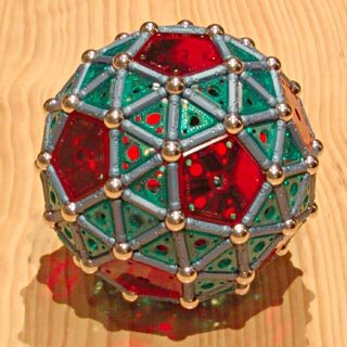 GEOMAG constructions: Snub icosidodecahedron