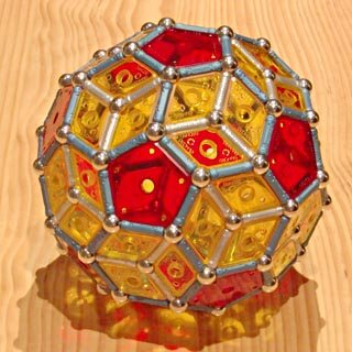 Constructions GEOMAG: Icosaèdre commun tronqué